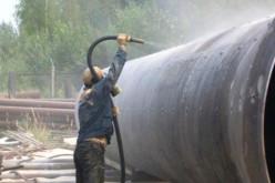 Пескоструйная очистка резервуаров перед нанесением на них антикоррозийного защитного покрытия