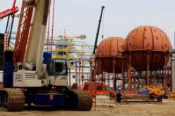 ЗапСибНефтехим начал установку шаровых резервуаров для хранения бутадиена
