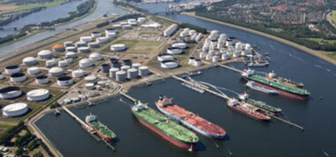 Новороссийские мазутные резервуары будут переведены на оборот светлых нефтяных продуктов